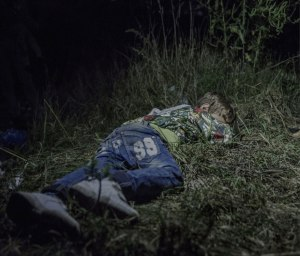where-children-sleep-syrian-refugee-crisis-photography-magnus-wennman-2